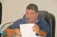 Ditinho Muleta alerta moradores sobre cobrança indevida da taxa de muro/calçada