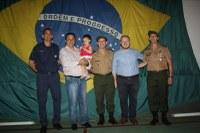 Enfermeiro Ari participa da formatura de atiradores do Tiro de Guerra